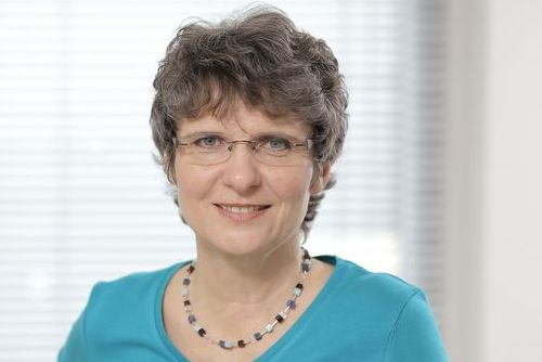 Angelika Bach