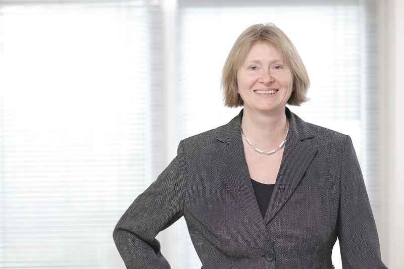 Dr. Ruth Mensen